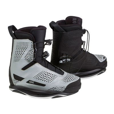2017 Ronix One 11 (EUR 44-45)